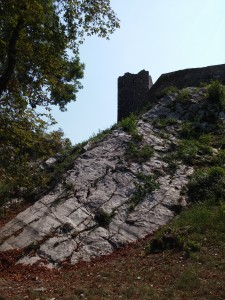 La rocca dell'Innominato, la salita
